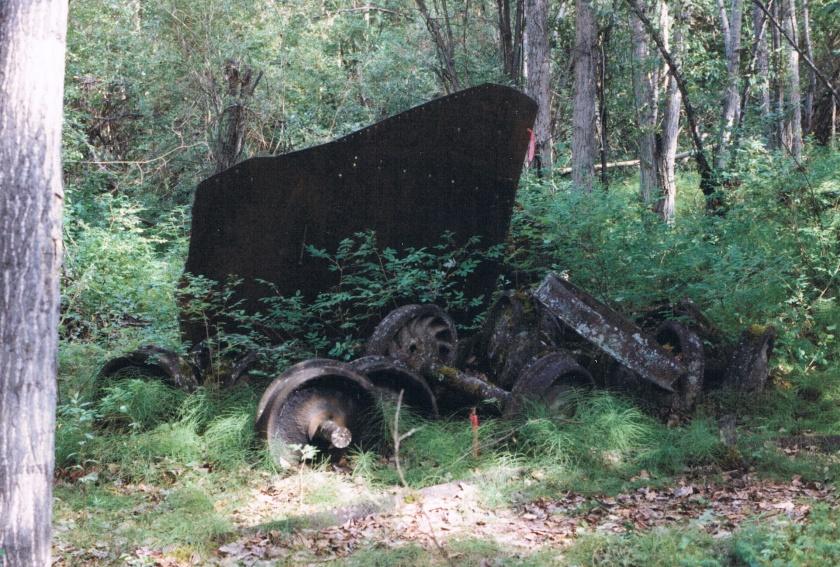Klondike Mines Railway car carriage trucks