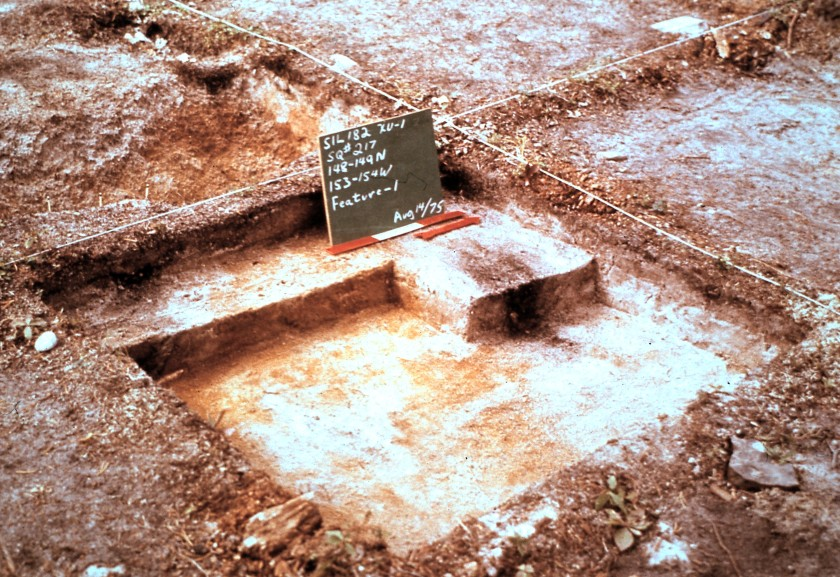 Iconic well-excavated square